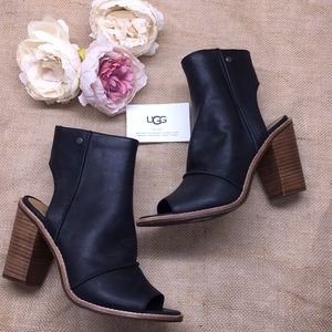 Ugg Black Leather Open Toe Booties 8.5M